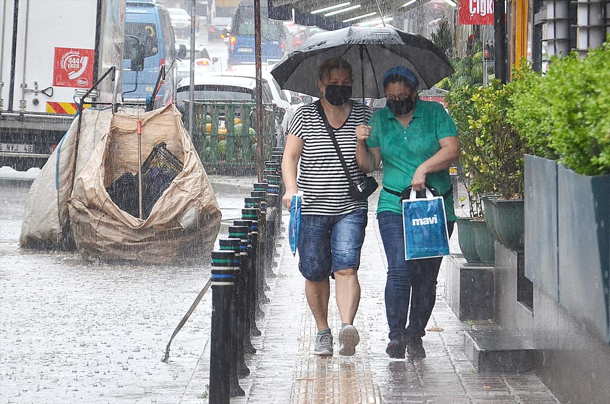 Meteoroloji vatandaşları uyardı: Sağanak ve gök gürültülü sağanak geliyor