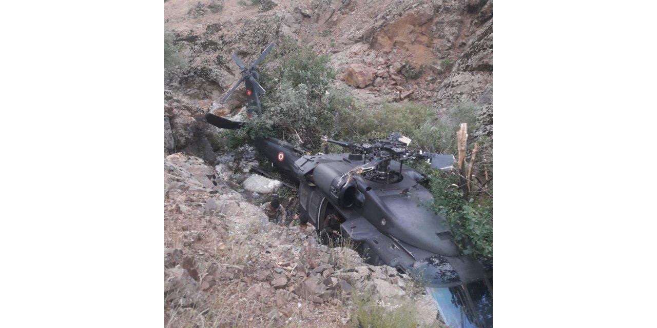 Bingöl'de askerleri taşıyan helikopter, arıza nedeniyle zorunlu iniş yaptı
