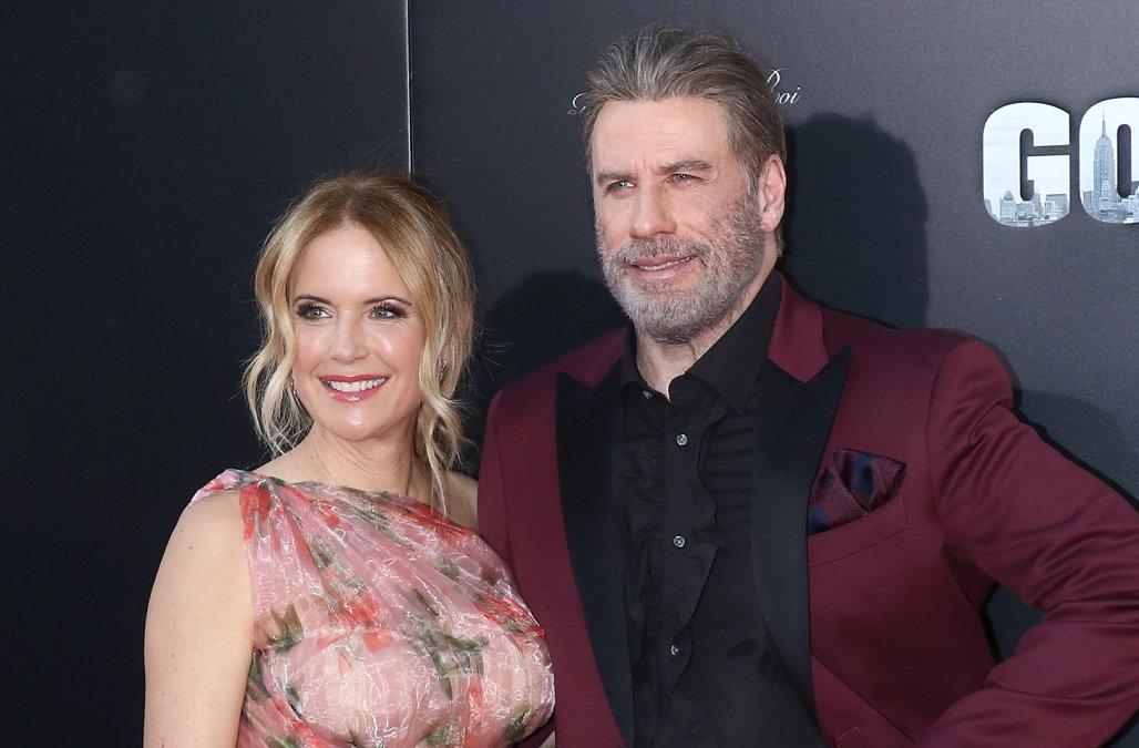 John Travolta'nin eşi Kelly Preston kansere yenik düştü