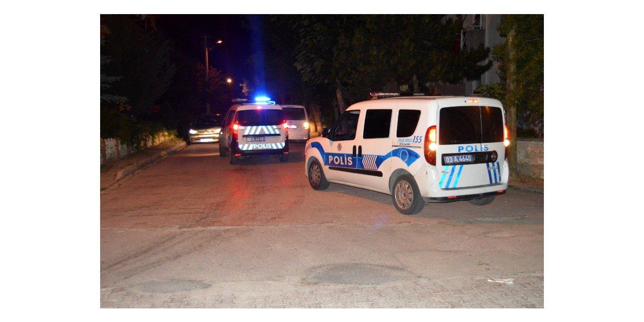 Düğün yapılan sokağa uyarıya giden ekibe saldırı: 4 polis yaralı