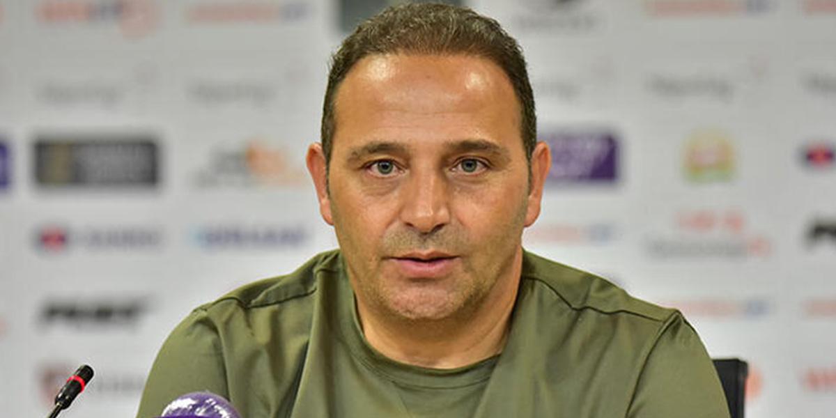 Kasımpaşa teknik direktör Fuat Çapa ile yollarını ayırıyor