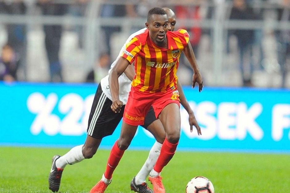 Beşiktaş, Bernard Mensah'ı renklerine bağladı!