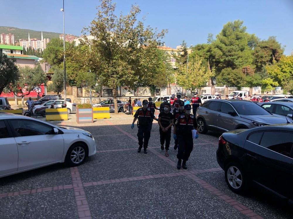 Suriyeli iki grup arasında kavga çıktı! 4 kişi ağır yaralandı