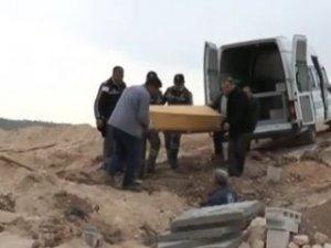 Canlı bombanın gömülmesine köylüler izin vermedi