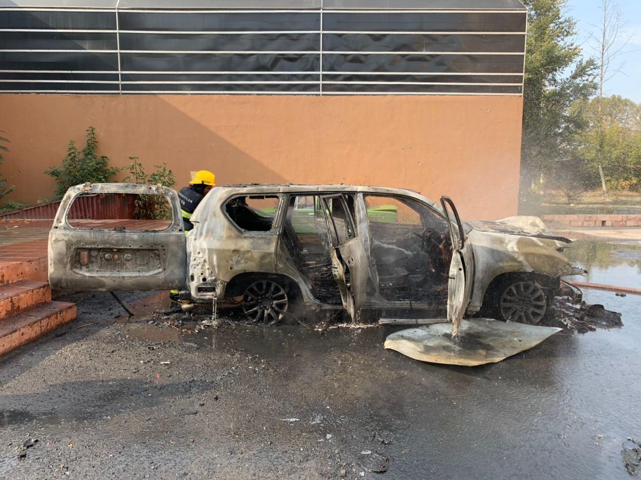 Katil Ermenistan, Azerbaycan'ın Berde kentini vurdu: 14 ölü, yaralılar var