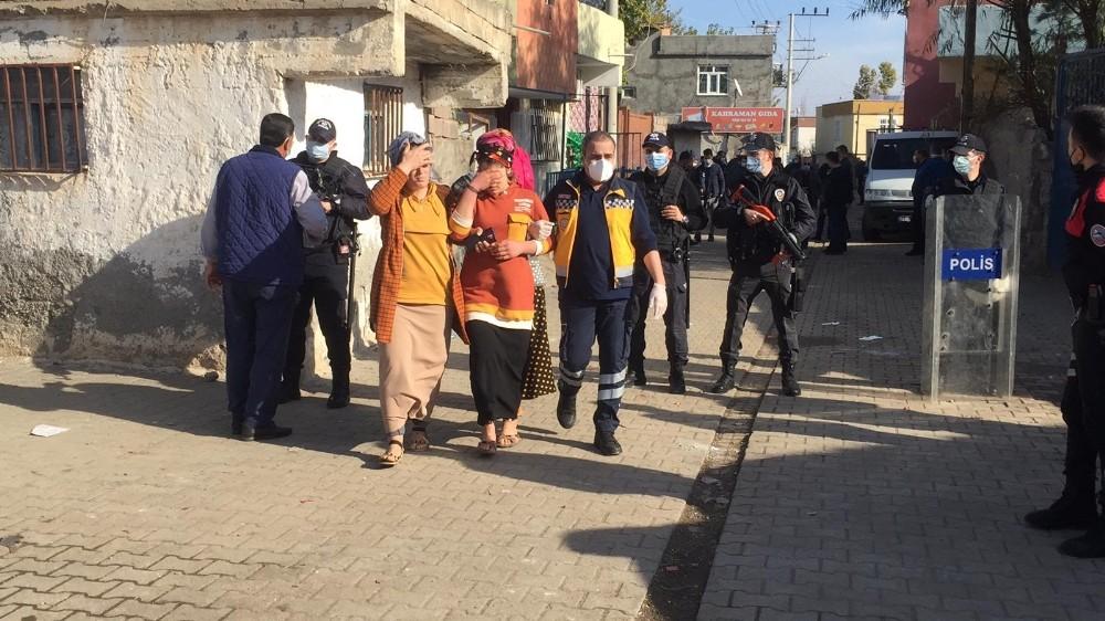 Diyarbakır'da sokağa çıkma yasağında taşlı, sopalı kavga: 20 yaralı