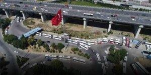 İstanbul'da Bayram Trafiği: Otobüsler Kuyruk Oluşturdu