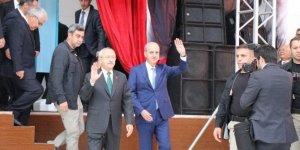Kılıçdaroğlu ve Kurtulmuş Hacı Bektaş-ı Veli'yi Anma Töreni'nde salona birlikte girdi