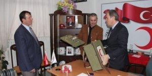 Kurtuluş Savaşı'nda kullanılan Kızılay ilk yardım çantası görenleri duygulandırıyor