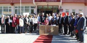 Çankırı'da şehit ve gazi ailelerine bisiklet hediye edildi