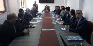 İl Milli Eğitim Müdürü Ercan Yıldız, Narman'da okul müdürleriyle toplantı yaptı