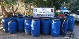 Niğde'de bin 600 litre kaçak şarap ele geçirildi