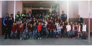 Iğdır'da ilkokul öğrencilerine trafik eğitimi