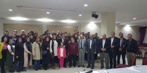 Başkan Yalçın'dan AK Parti Kadın Kolları İlçe Başkanlığı'na seçilen Karakaş'a tebrik