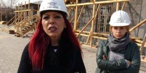 Kars'ta, tarihi yapılara kadın eli değdi