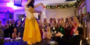 Adnan Oktar'ın Yıbaşı Partisi | Masada Dansöz Oynattılar