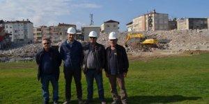 Avni Aker'de yıkım işi bitti, hafriyatı kaldı