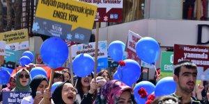 Otizmli Bireyler Pendik'te Farkındalık Yürüyüşü Gerçekleştirdi