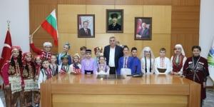 Başkan Toçoğlu, Uluslararası Halk Oyunları Delegasyonu'nu ağırladı
