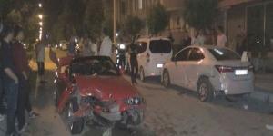 Isparta'da spor araba kontrolden çıktı 2 kişi yaralandı