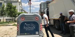 Batman'a modern çöp konteynırları