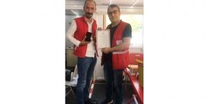 Kızılay'dan kan bağışçılarına madalya