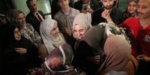 İsrail'de tutuklanan Ebru Özkan Türkiye'ye döndü | Ebru Özkan Kimdir?