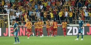 Fenerbahçe Malatya'da kayıp, Bu sezon  ilk yenilgisini aldı