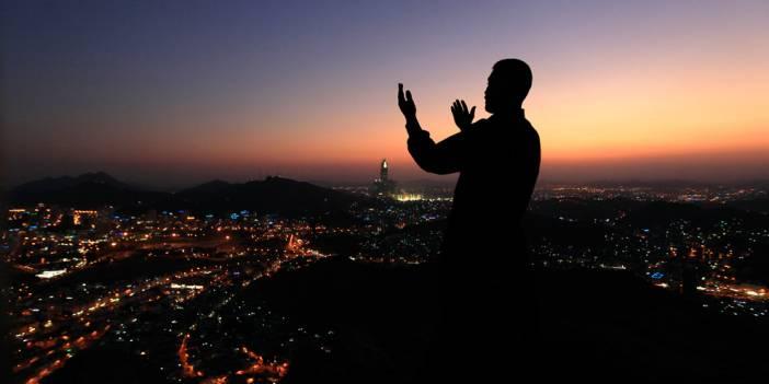 İhlas Suresi Abdestsiz okunur mu? İhlas suresinin Türkçe meali ve anlamı nedir?