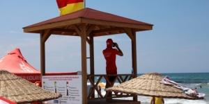 Cankurtaranlar, tatilciler için bayramda da görev başında
