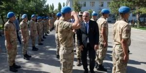 Vali Zorluoğlu asker ve polislerin bayramını kutladı