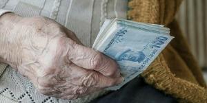 Emeklilere müjde: Maaşlarda 674 TL artış olacak!