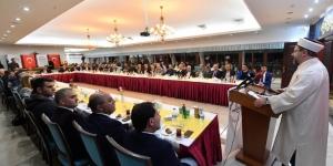 Diyanet İşleri Başkanı Erbaş, STK temsilcileri ve kanaat önderleriyle bir araya geldi