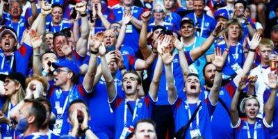 İzlanda'da provokasyon hazırlığı yapılıyor!
