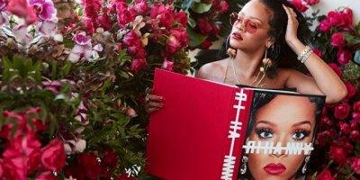 Rihanna kendi koleksiyonu için iç çamaşırıyla kamera karşısına geçti