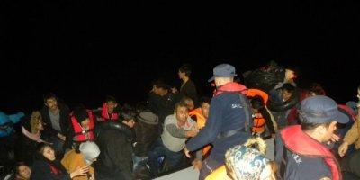 Çanakkale'de 45'i çocuk, 99 kaçak göçmen yakalandı