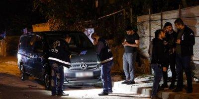 Gaziosmanpaşa'da minibüse EYP attılar