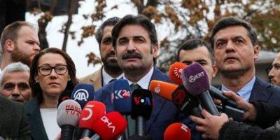 Davutoğlu'nun ekibi parti için başvuru yaptı