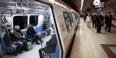 İstanbul'da metro ve İETT seferlerine yılbaşı ayarı