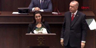 Erdoğan'ın kürsüye çağırdığı şehit kızının konuşması ayakta alkışlandı