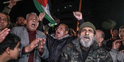 ABD Başkanı Trump'ın sözde Orta Doğu barış planını protesto ettiler