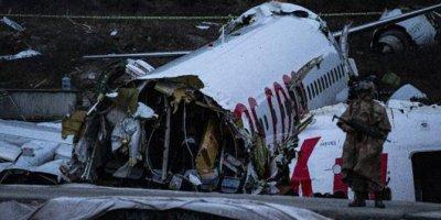 İstanbul Valisi Ali Yerlikaya uçak kazasına ilişkin son durumu paylaştı