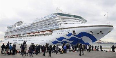 Japonya'da koronavirüsten karantina altına alınan gemide yeni gelişme