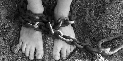 Bir dairede 31 senedir seks kölesi olarak kullanılan kadın, kaçmayı başardı!