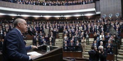 Erdoğan: FETÖ'ye terör örgütü olarak savaş açan AK Parti'dir