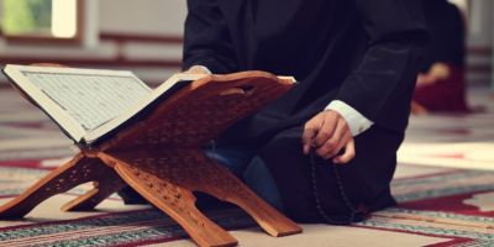 Regaib Kandili ile ilgili hadisler, ayetler, ilahiler, şiirler nelerdir?