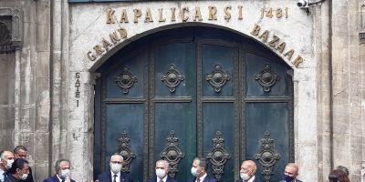 Tarihi Kapalı Çarşı dualarla yeniden açıldı