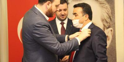Saadet Partili belediye başkanı AK Parti'ye geçti