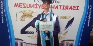 """Asperger sendromlu ilk üniversite mezunu Uluğ Özaydınlık: """"Hayallerim yeni başlıyor"""""""
