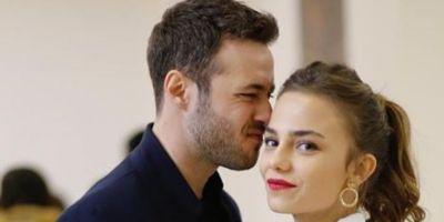 Bahar Şahin ve rol arkadaşı Ozan Dolunay aşk mı yaşıyor?
